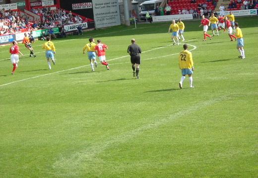 Crewe Away 8