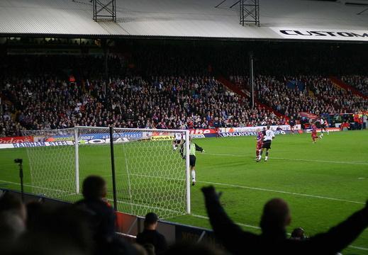 10 04 04 Fulham IMG 7060