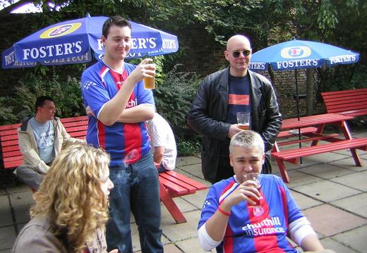 002 Simon Cheryl however that s spelt Steve hiding behind beer and i think that s Stuart too many names