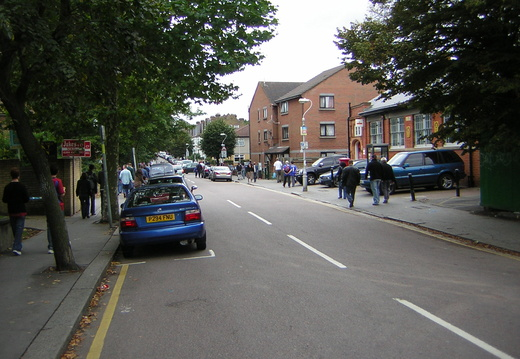 008 Walking Down the Holmesdale Road