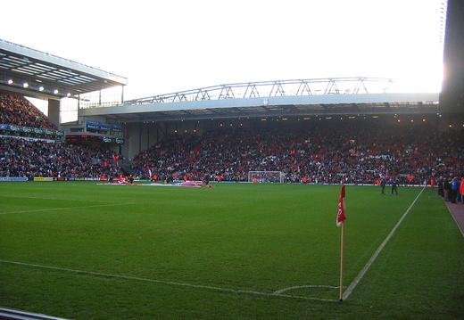 11 13 04 Liverpool IMG 5911
