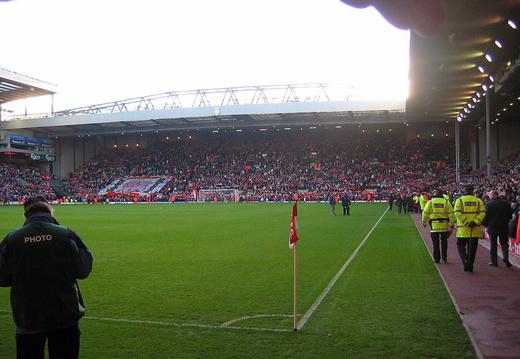 11 13 04 Liverpool IMG 5915