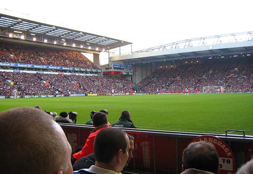 11 13 04 Liverpool IMG 5924