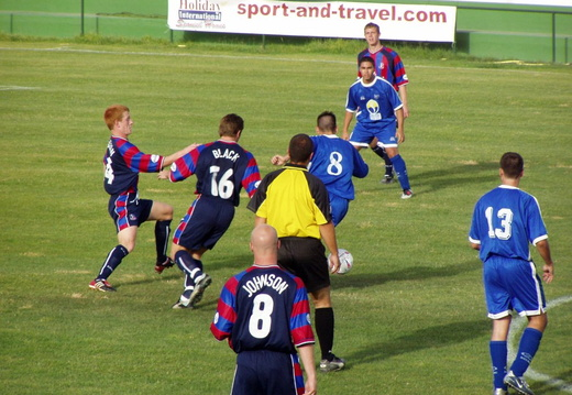 08 midfield action